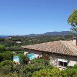 Gigaro Villa Anis Blick auf das Ferienhaus und das Meer